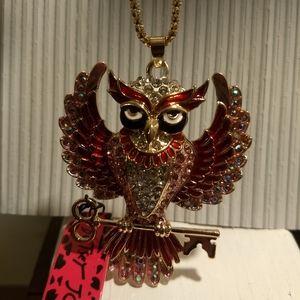 Betsey Johnson Jewelry - OWL NECKLACE - Rhinestone Betsey Johnson Jewelry